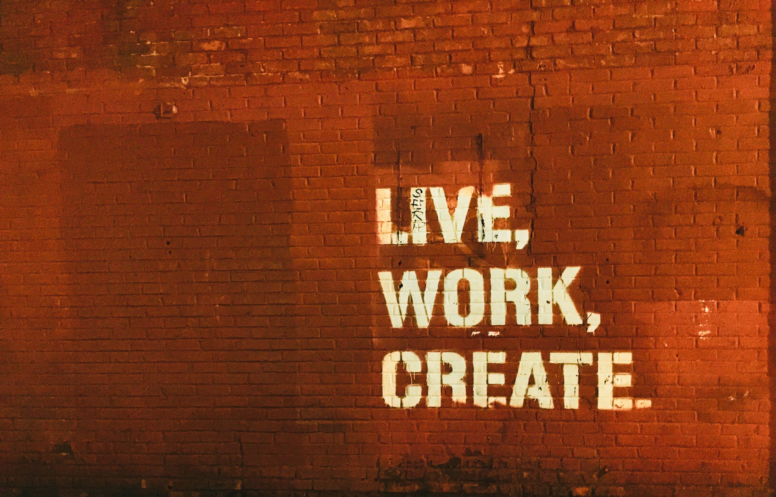 Working and creating is my life as a content writer & copywriter | Christina Bird